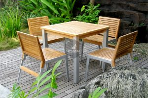 Alloy Casting Laris A Dining Set